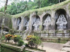11th Century carvings - Tampak Siring